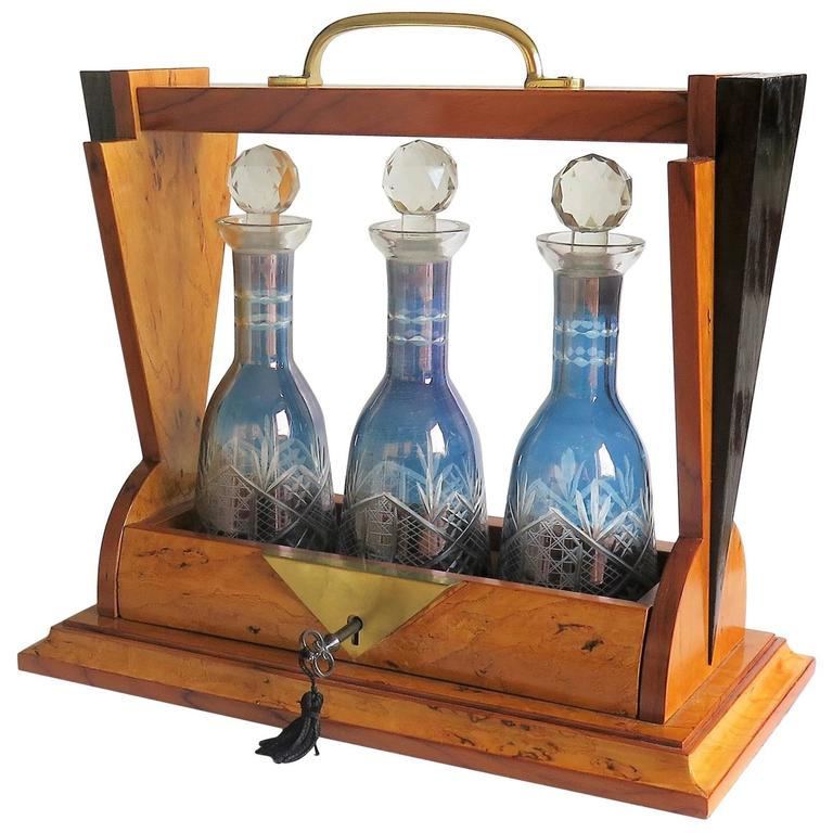 Fine French Art Deco Tantalus Three Blue Glass Engraved Decanters, lockable