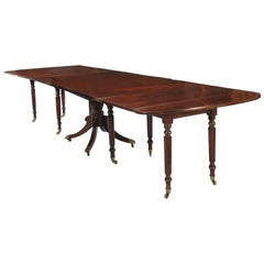 American Federal Banquet Dining Table with Extension Leaves Seats 18, circa 1850