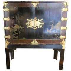 Early 20th Century rectangular China Small Cupboard, hand painted wood