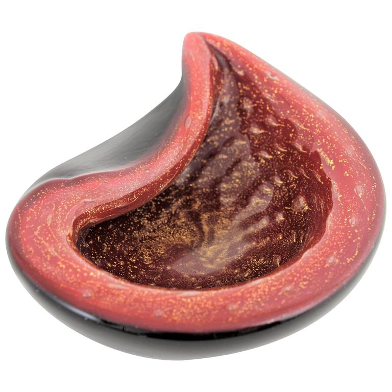 Alfredo Barbini Red and Black Gold Flecked Murano Glass Bowl For Sale