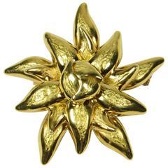 Tiffany & Co. Italian 18-Karat Yellow Gold Floral Form Brooch