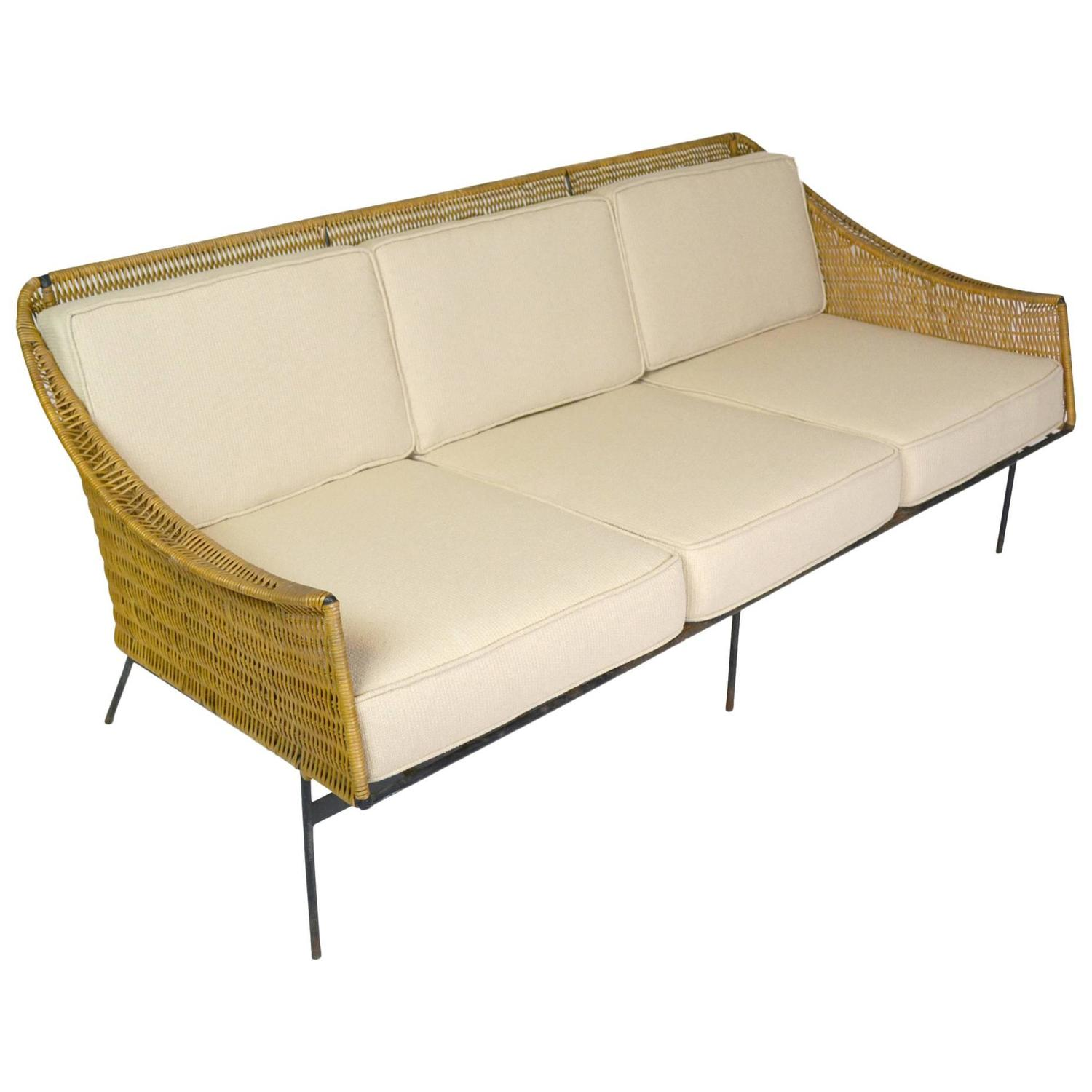 Genial Mid Century Modern Rattan And Wrought Iron Sofa At 1stdibs