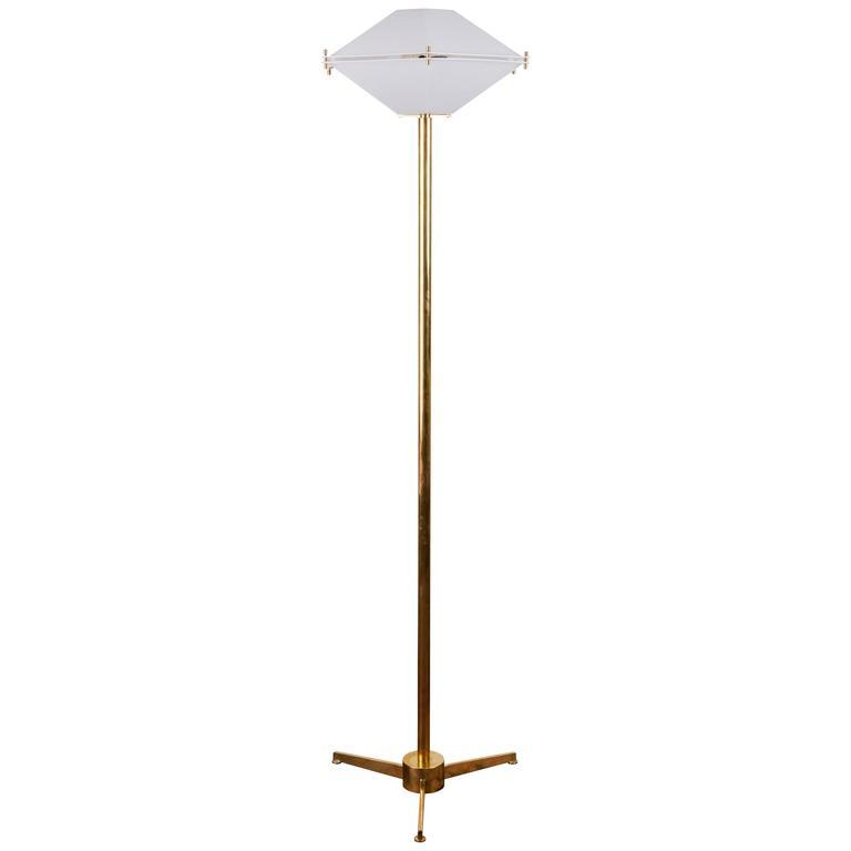 Brass Floor Lamp in the style of Arredoluce
