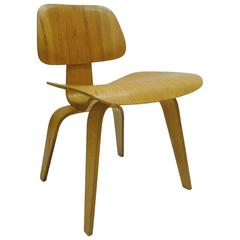 "Charles and Ray Eames for Herman Miller DCW ""Dining Chair Wood"" in Oak"