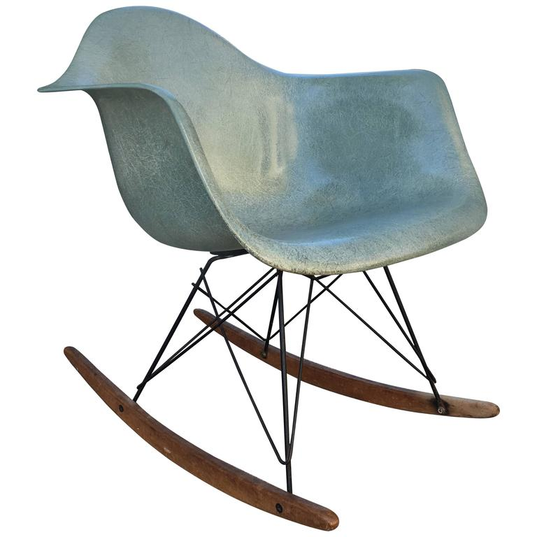 extremely rare eames zenith rope edge rar rocker in seafoam green for sale at 1stdibs. Black Bedroom Furniture Sets. Home Design Ideas