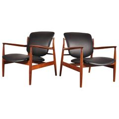 Set of Two Easy Chairs FD 136 by Finn Juhl for France and Son, circa 1950