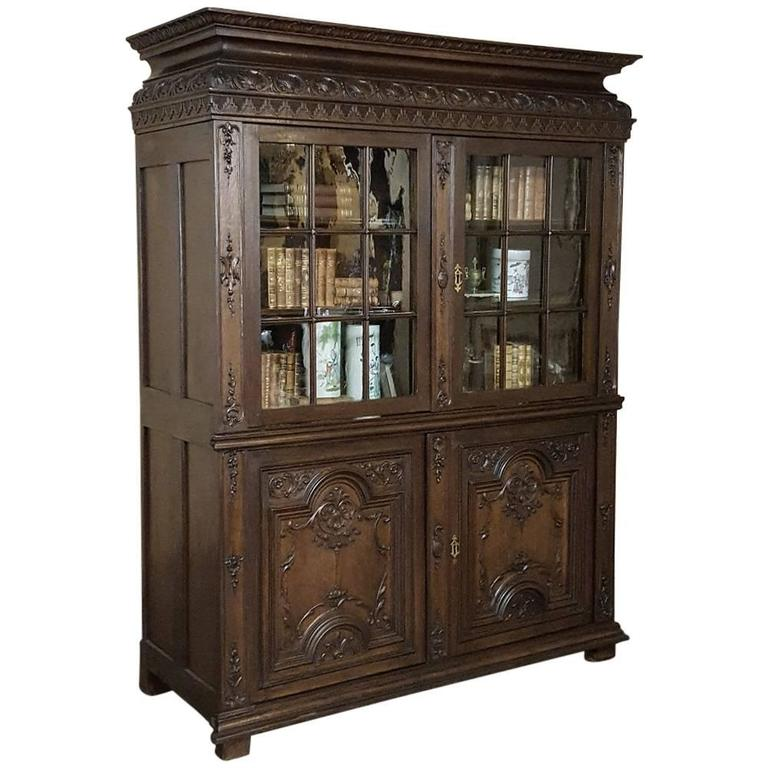 19th Century French Louis XIV Hand-Carved Oak Bookcase ~ Vitrine, circa 1880s