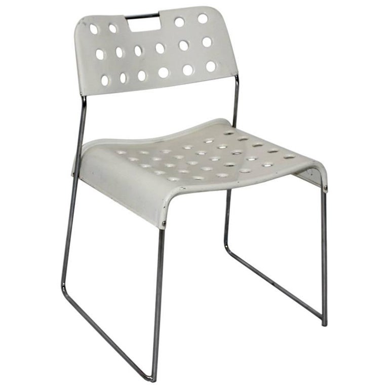 Mid Century Modern Vintage White Omstak Chair by Rodney Kinsman, 1971 For Sale