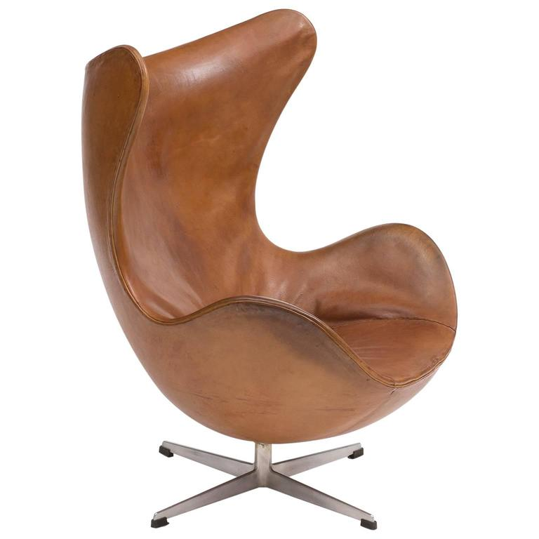 first edition egg chair by arne jacobsen denmark 1959 for sale at 1stdibs. Black Bedroom Furniture Sets. Home Design Ideas