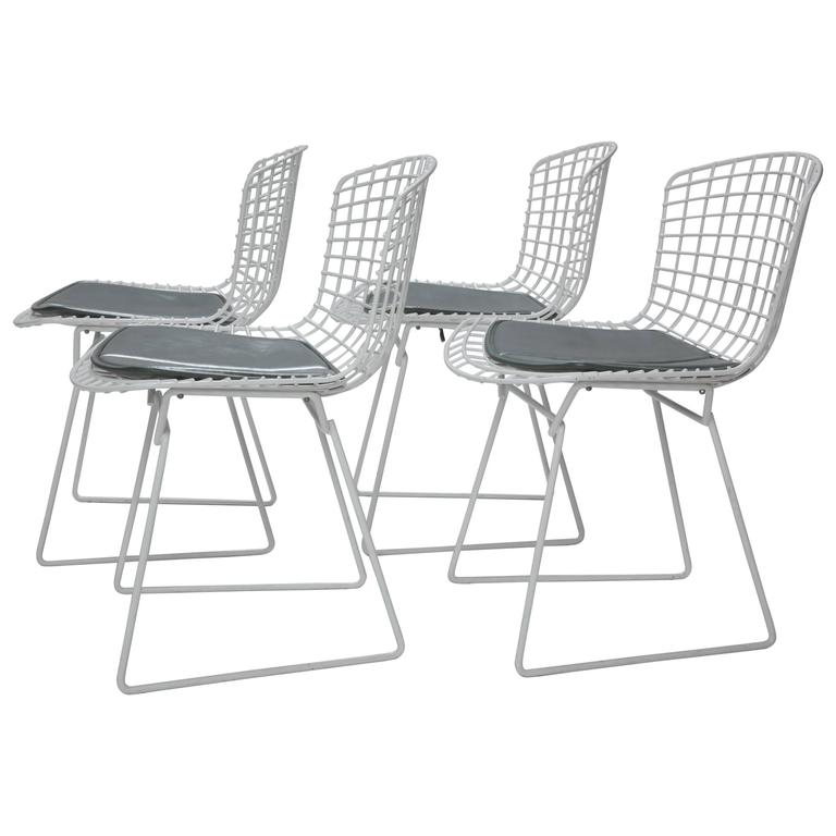 Four Harry Bertoia for Knoll Wire Chairs with Original Seat Pads, USA, 1960s