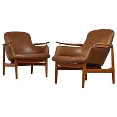 Finn Juhl Pair of Armchairs by Niels Vodder, Model NV53 in Leather, 1950s
