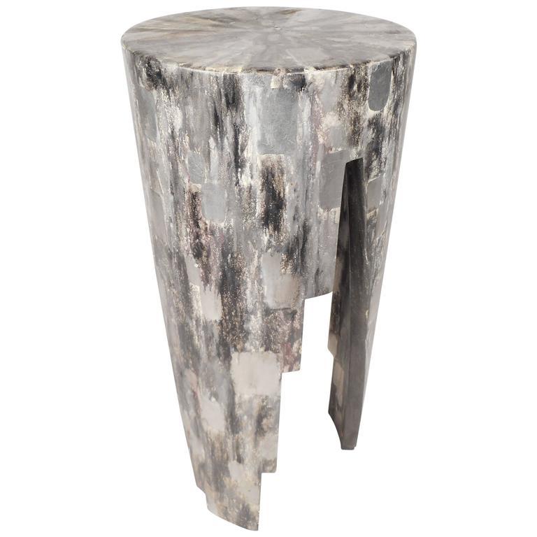 Mid-Century Modern Round Pedestal
