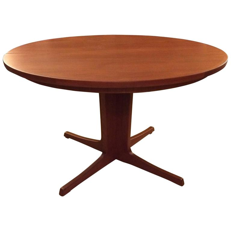 Niels O M Ller Round Teak Extension Dining Table At 1stdibs