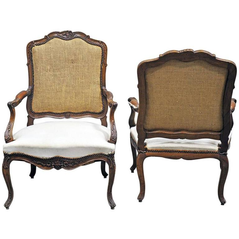 Pair of louis xv style fauteuil in walnut at 1stdibs - Fauteuil style louis xv ...