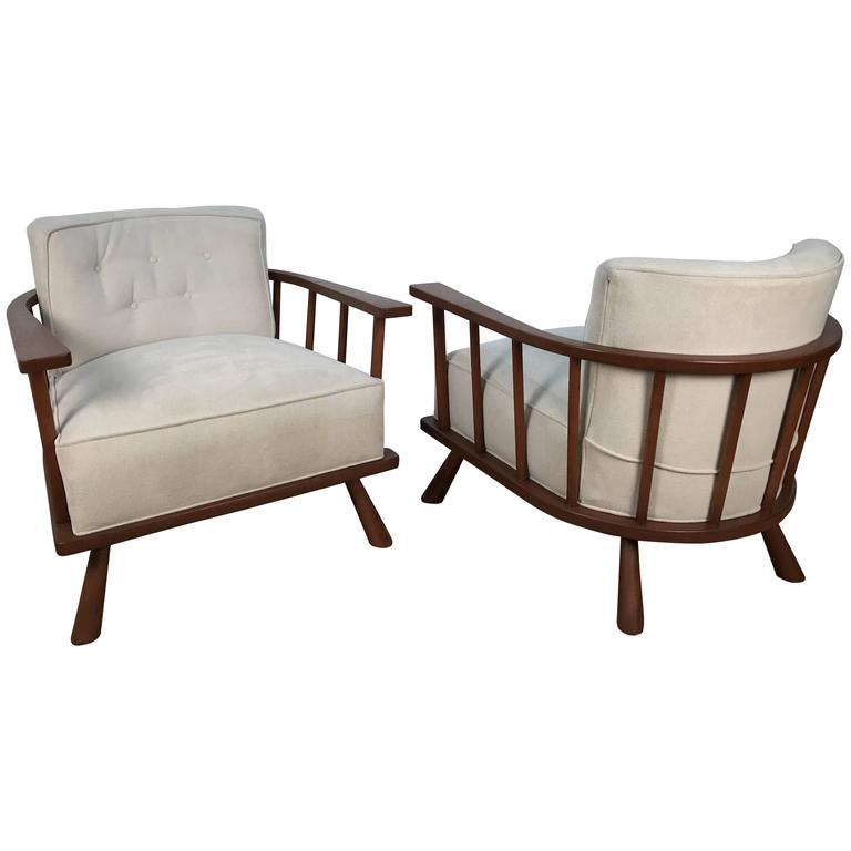Pair Of Barrel Back Lounge Chairs By T.H. Robsjohn Gibbings For Sale