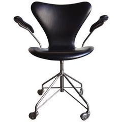 Mid-Century Arne Jacobsen Sevener Desk Chair, Model 3117