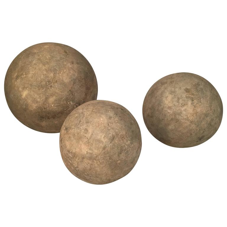 Graduated Faux Stone Garden Spheres 1
