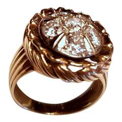 Ladies 14-karat Yellow Gold six Diamond Dinner Ring
