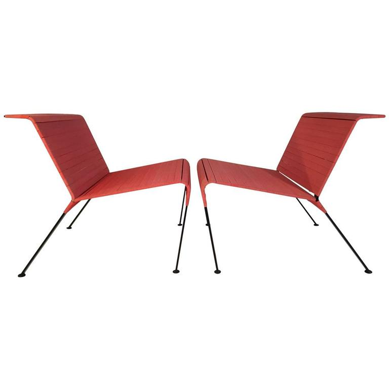 Post modern italian lounge chairs for sale at 1stdibs for Post modern chair