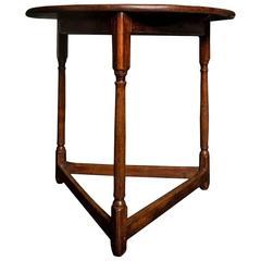 Very Rare King George II Walnut Cricket Table, 18th Century