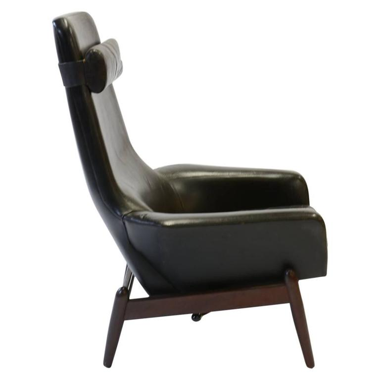 Elegant PD 30 Chair by Ib Kofod- Larsen for Povl Dinesen Reclining Club Chair For Sale