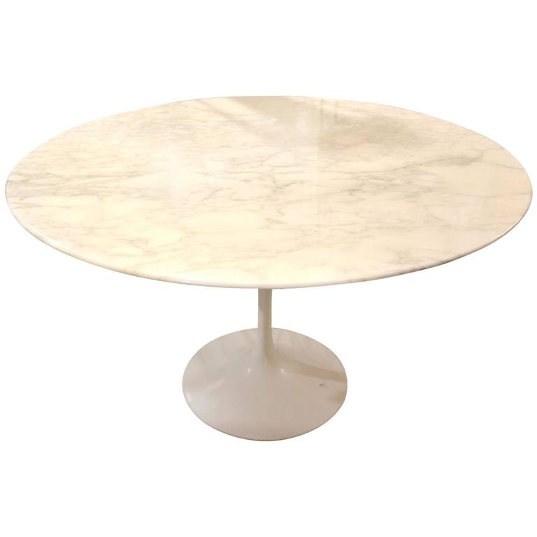 Eero Saarinen Calacatta Marble Tulip Table Knoll Edition 1