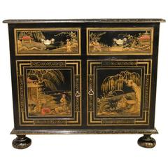 Fine Quality Chinoiserie Lacquered Edwardian Period Cupboard