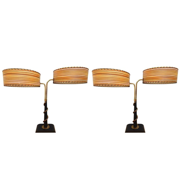 Pair of Mid-Century Modern Majestic Lamp Co. Table Lamps For Sale
