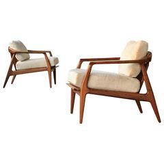 Pair of Mid-Century Walnut Chairs by Milo Baughman