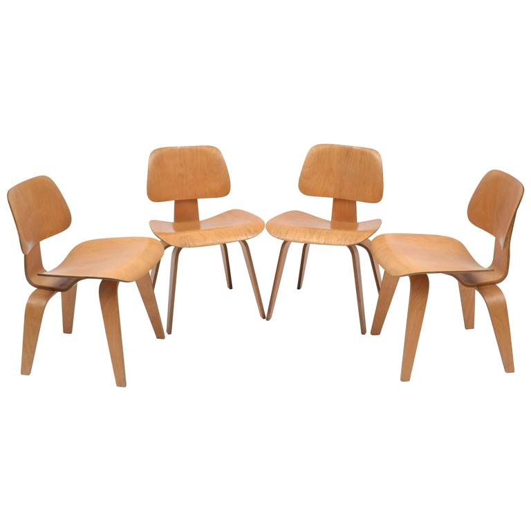 1940s Eames Evans Herman Miller Set Of Four DCW Dining Chairs For Sale