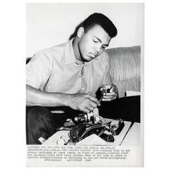 Vintage Muhammad Ali Press Photo