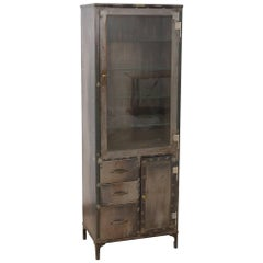 1940s U.S. Metal Medical Cabinet with Glass Shelves