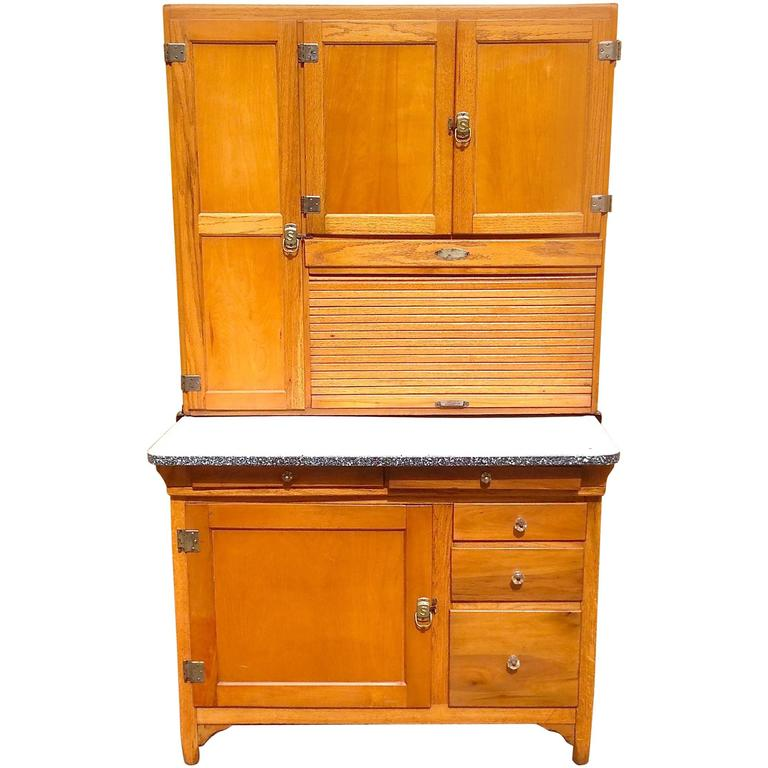Classic Early 20th Century Maple Hoosier Cabinet For Sale