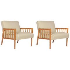 Pair of Armchairs in the Manner of T.H. Robsjohn-Gibbings