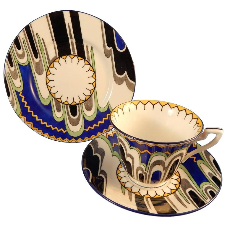 Beautifully Deco English Porcelaine Moderne Tea Set - 39 Pieces Adderley Ware