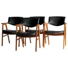 Erik Kirkegaard for Høng Set of 4 Dining Chairs in Teak and Leather