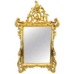Stunning Italian Rococo Giltwood Decorative Mirror