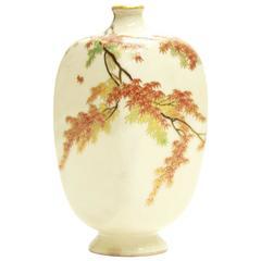 Gilded 19th Century Japanese Satsuma Ceramics Vase, Seasonal Maple Leaf Design