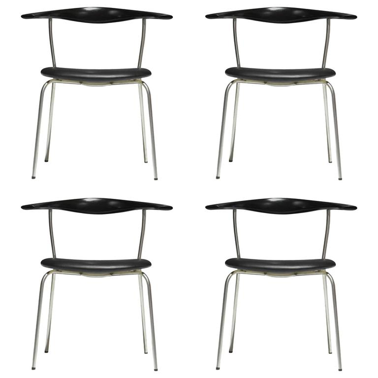 Hans Wegner Pp701 Bull Horn Dining Chairs in Black Lacquer, Leather and Steel For Sale