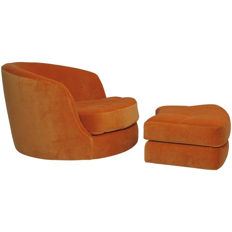 Milo Baughman for Thayer Coggin Swivel Tub Chair in Orange Velvet