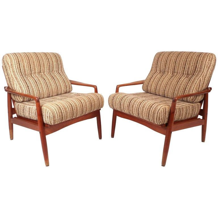 Pair of Mid-Century Modern SL Mobler Danish Teak Lounge Chairs For Sale