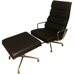 Herman Miller Eames Aluminium Group Soft Pad Lounge Chair and Ottoman