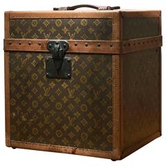 1930s Beautiful Louis Vuitton Monogram Trunk