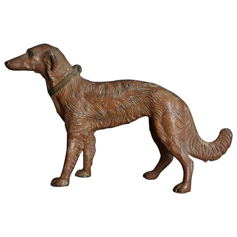 Art Nouveau Cast Iron Decorative Object or Doorstop Depicting a Hunting Dog For Sale