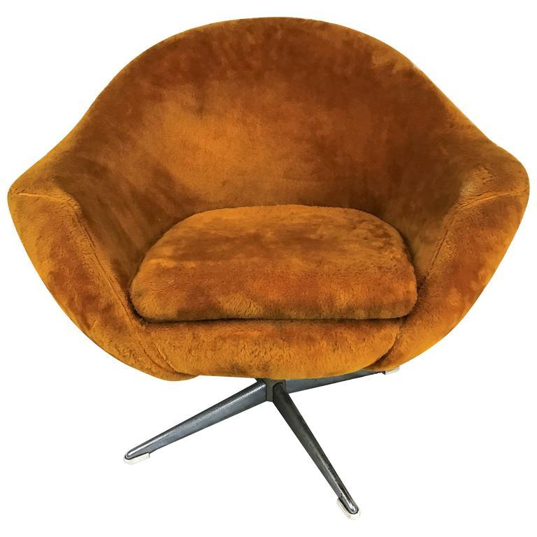 Mid-Century Scandinavian Overman Pod Chair