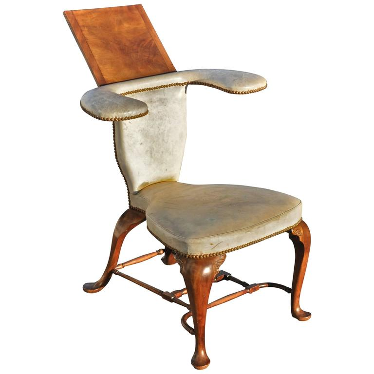 Well Proportioned Georgian Mahogany Reading or Cockfighting Chair