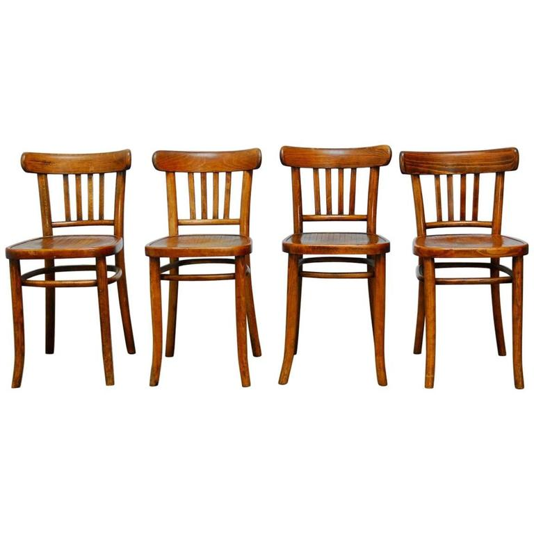 Set Of Four Thonet Style Bentwood Bistro Chairs At 1stdibs