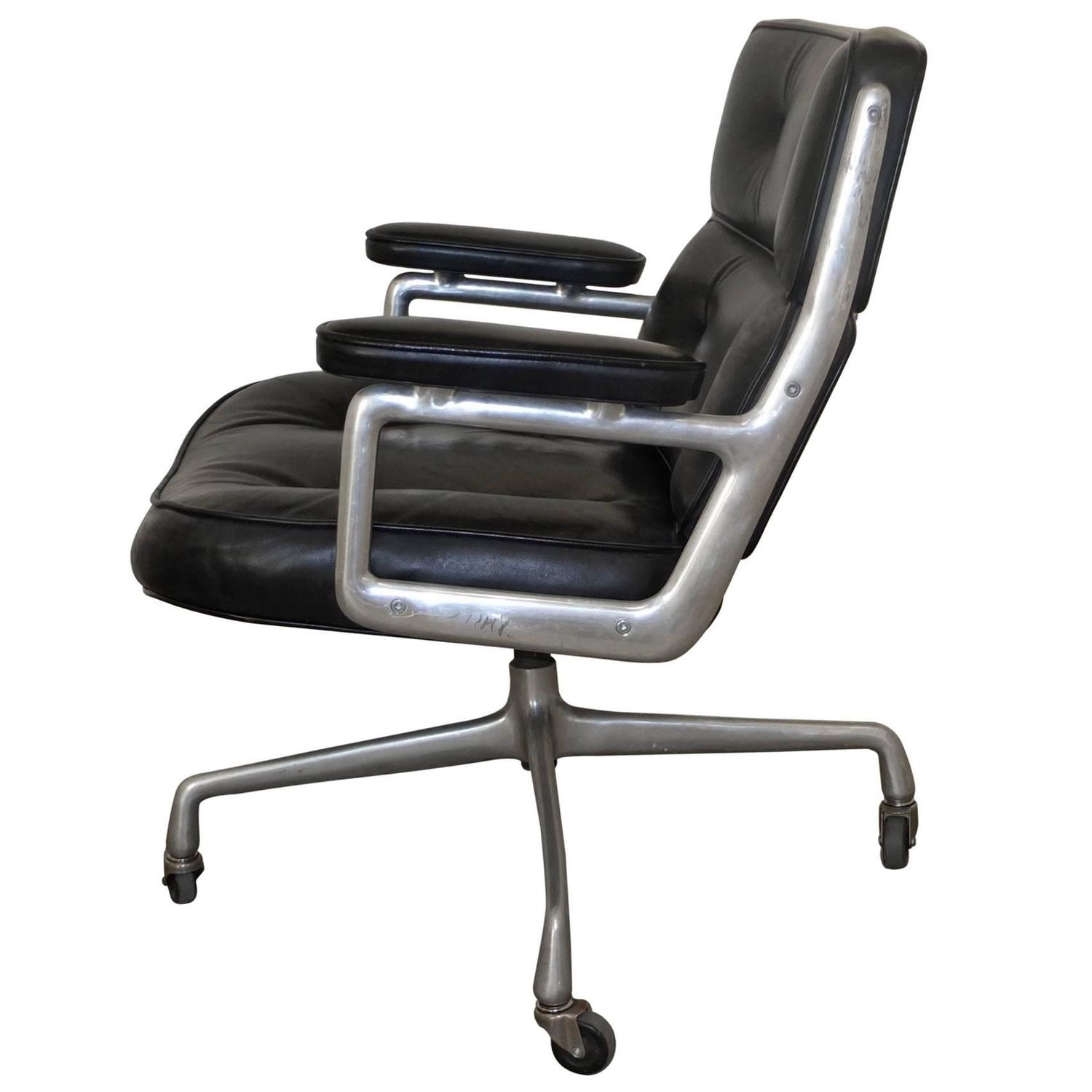 Charles Eames DAT Desk Chair for Herman Miller 1953 For Sale at