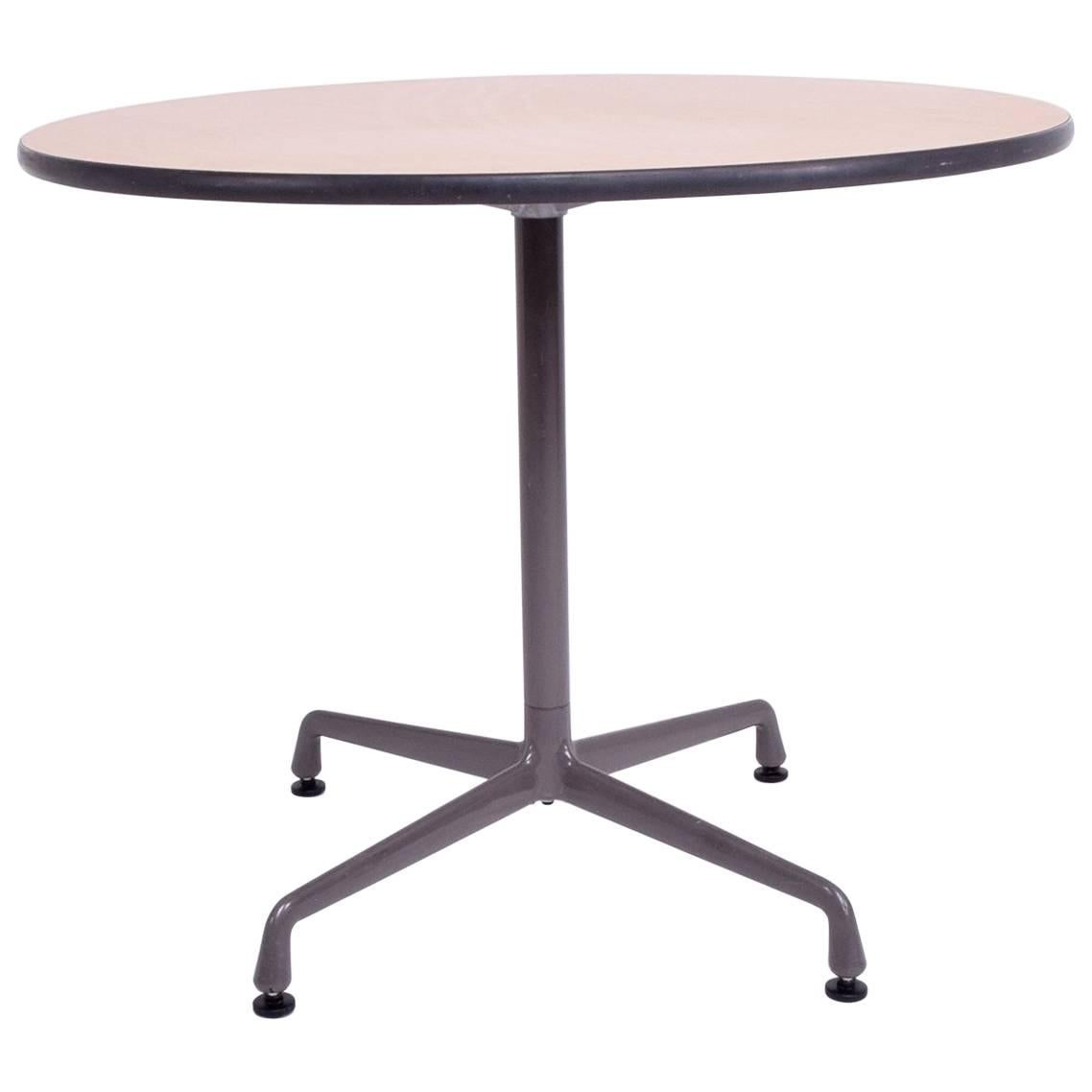 Gentil Herman Miller Eames Round Aluminum Group Table