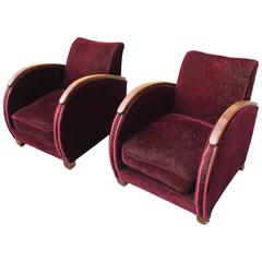 Elegant Pair of French Art Deco Speed Armchairs or Club Chairs, circa 1940